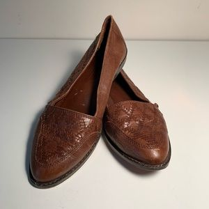 Leather woven flats *VINTAGE*